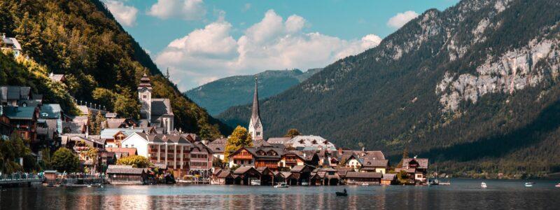 Dorf an einem See